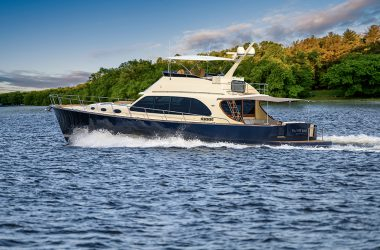 Impressive new Palm Beach 70 launched