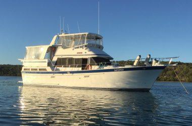 Sea Ranger 46 Fly Bridge Cruiser