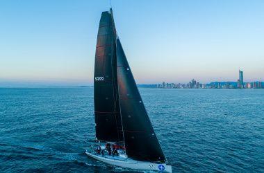 Fleet flocks to Gold Coast as leaderboard takes shape