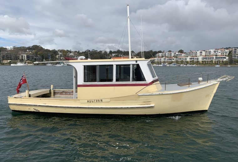 30′ Ian Taylor timber shaft Driven Diesel Cruiser