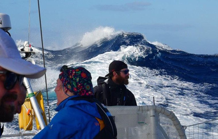Clipper Race: Thrill ride conditions as Ocean Sprint gets underway