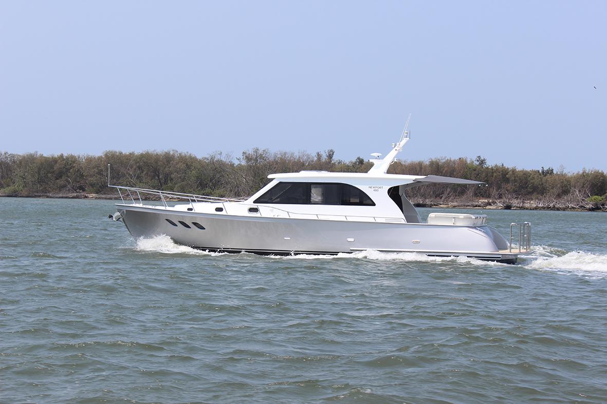 Island Gypsy Newport 460
