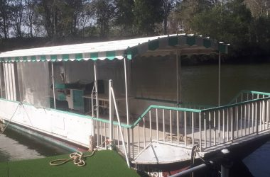 Riverboat / Party boat