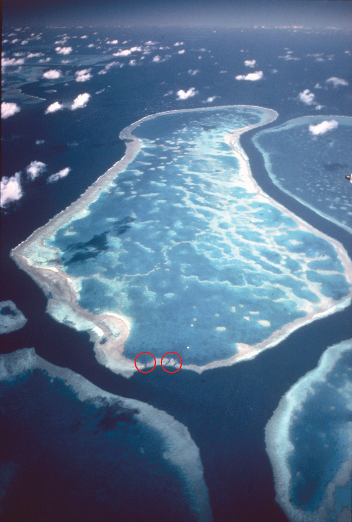 Great Barrier Reef Hardy Reef from above clouds