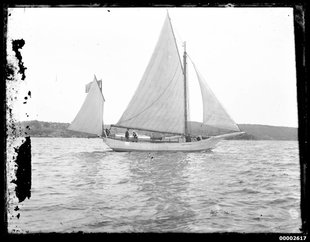 Glass-plate photograph of Slocum sailing the Spray on Sydney Harbour, 1896