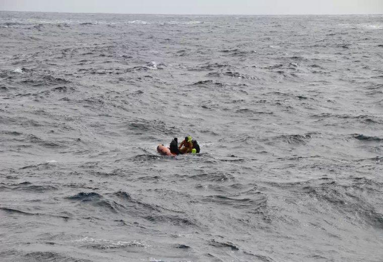 AMSA urges crew to wear lifejackets after trawler tragedy
