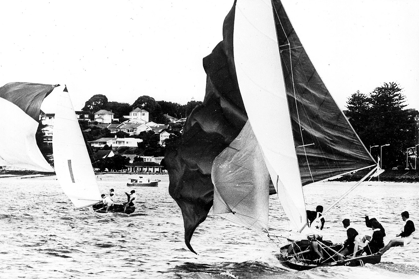 Schemer leads The Fox at the 1963 Giltinan Championship in Auckland