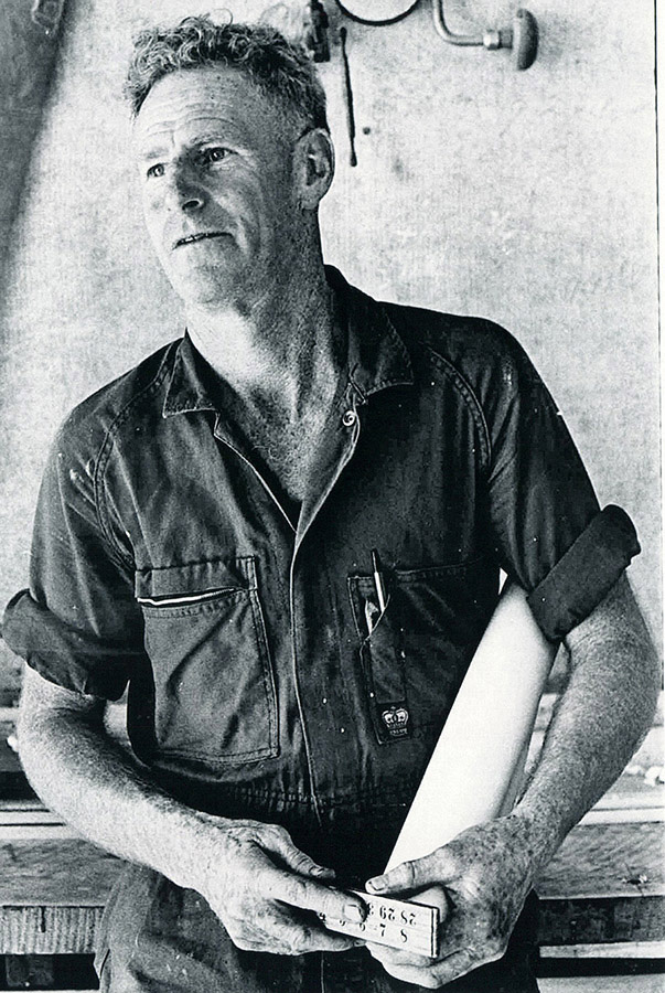 1951 JJ Giltinan world champion, Bill Barnett