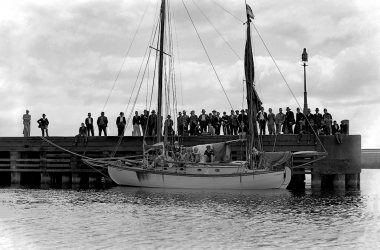 Te Rapunga Reflects New Dawn for Traditional Boat Building
