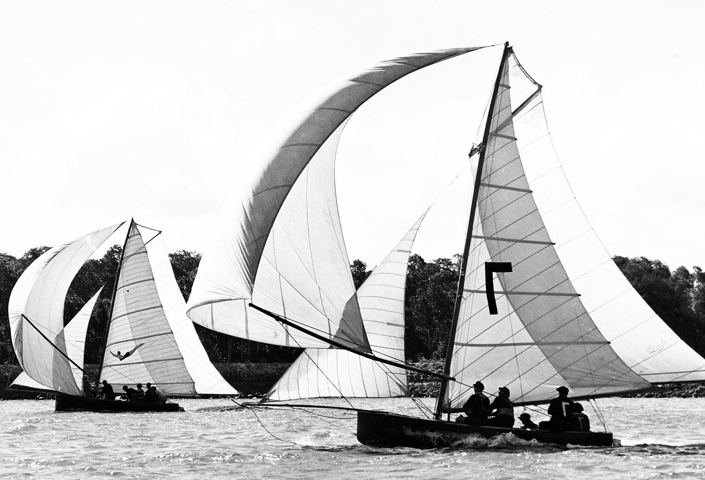 18ft Skiffs Jenny (Q) and Jantzen Girl (NSW) on the Brisbane River in 1950s