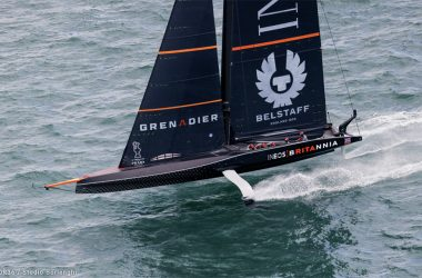 INEOS TEAM UK jump to the PRADA CUP Final