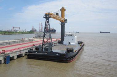 Transhipment Services Australia orders Crane Barge for handling Capesize vessels